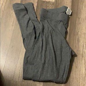 Gray PINK VS leggings.
